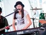 A cantora Sarah Messias abriu o terceiro do dia do festival Lollapalooza Brasil